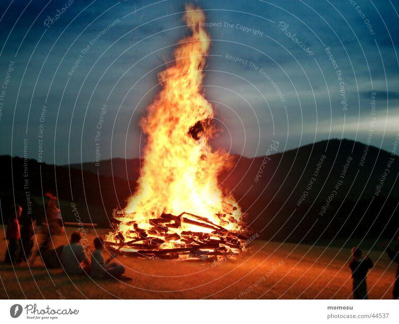 zur Sonnenwende Brand Freizeit & Hobby Tradition Österreich Sommersonnenwende Bundesland Niederösterreich