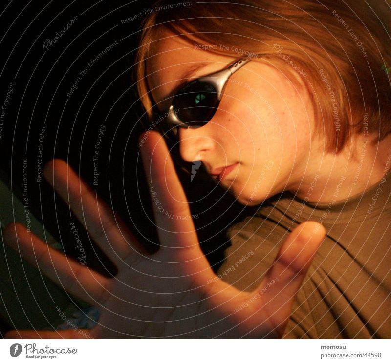 hau ab... Frau Jugendliche Schüler Sonnenbrille Ablehnung
