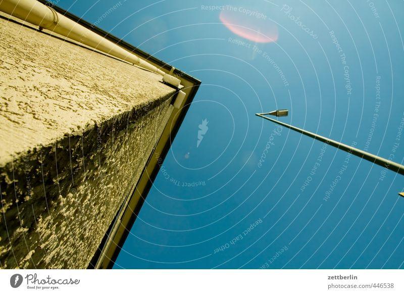 Ecke plus Laterne plus Textfreiraum Stadt schön Sommer Haus Wand Mauer Architektur Gebäude Berlin Linie Wetter Fassade Klima Schönes Wetter Dach