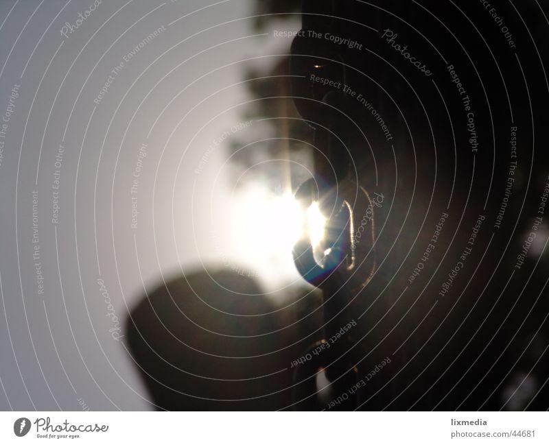 sonne trifft kette Gegenlicht Spielplatz Kettenglied Schaukelkette Licht Freizeit & Hobby Sonne durchleuchtet schaukel Detailaufnahme