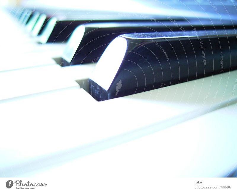 mon piano Freizeit & Hobby Klaviatur Klavier Überbelichtung