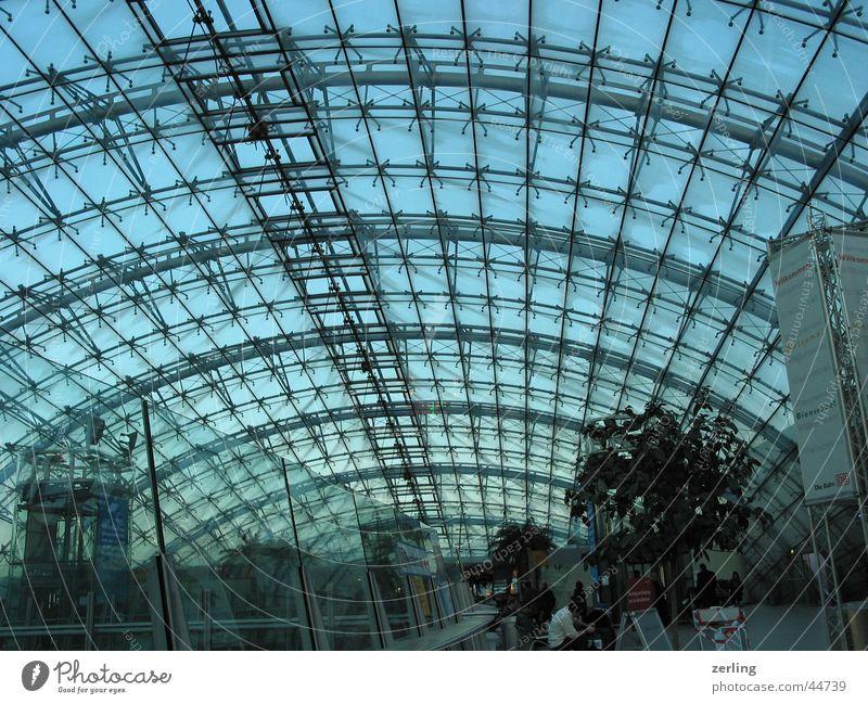 Kuppeldach Himmel Metall Architektur Frankfurt am Main Glas Dach Konstruktion Bogen Moderne Architektur Frankfurt Flughafen