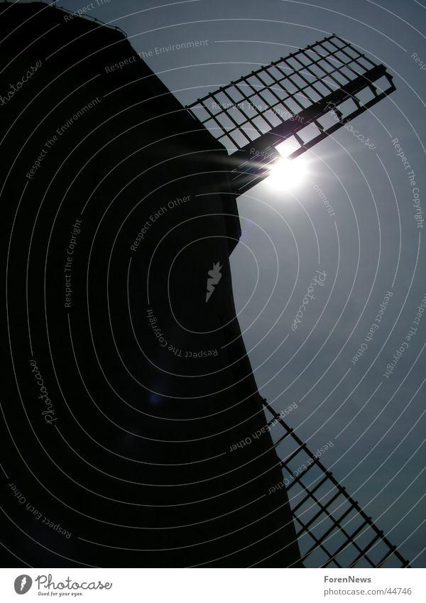 True Story of Don Quichote Sonne Technik & Technologie Flügel historisch blenden Mühle Windmühle Elektrisches Gerät