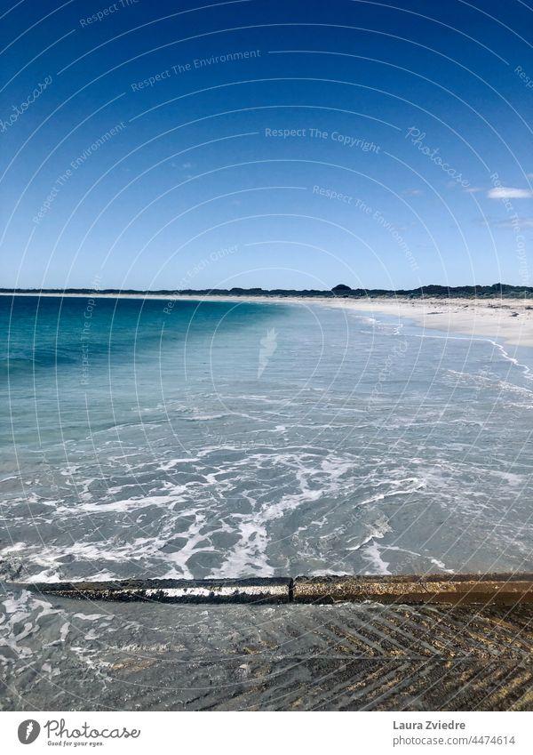 Indischer Ozean und die Bootsrampe, Westaustralien Meer Meeresstrand Strand Australien West Australien Küste Küstenlinie Blauwasser Wasser Sand blau