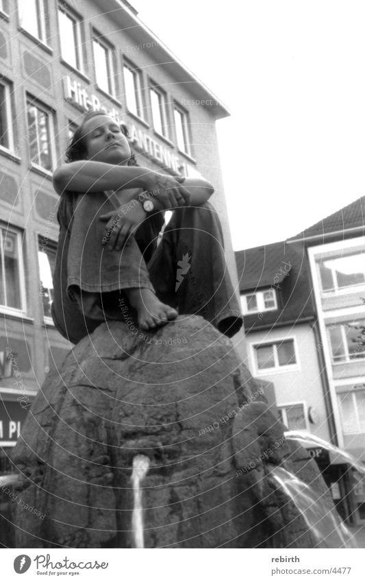 stadtgebet Frau Stadt Wasser ruhig Brunnen Gebet