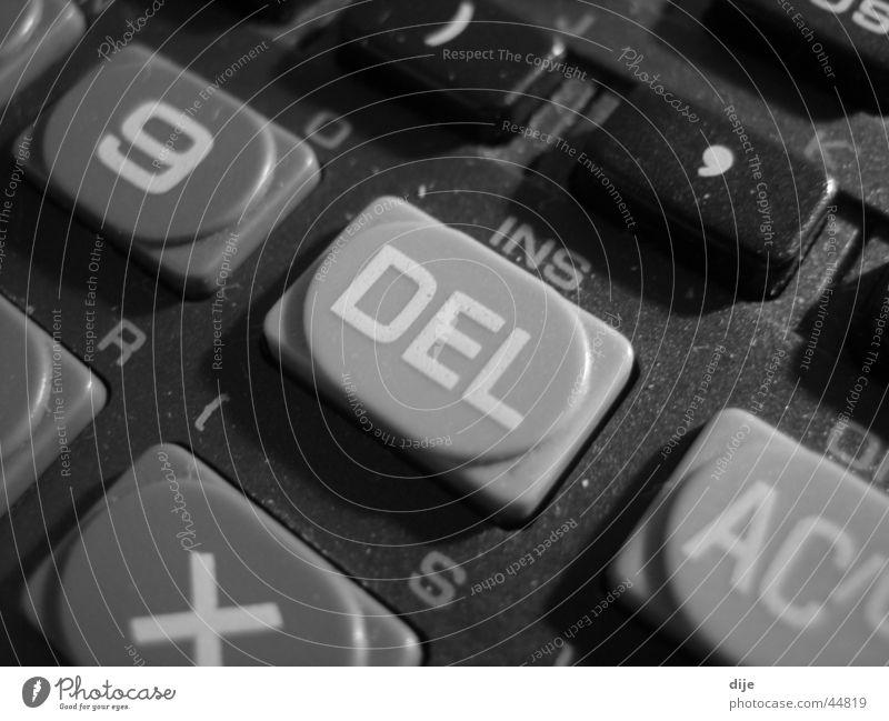 - DEL - schwarz Buchstaben weiß Taschenrechner Ziffern & Zahlen berühren Makroaufnahme rechnen Tastatur