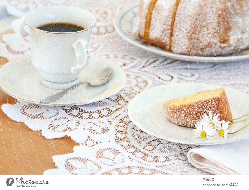 Kaffee und Kuchen weiß Feste & Feiern Lebensmittel Geburtstag Getränk Ernährung süß lecker Blumenstrauß Frühstück Geschirr Tasse Gänseblümchen Backwaren