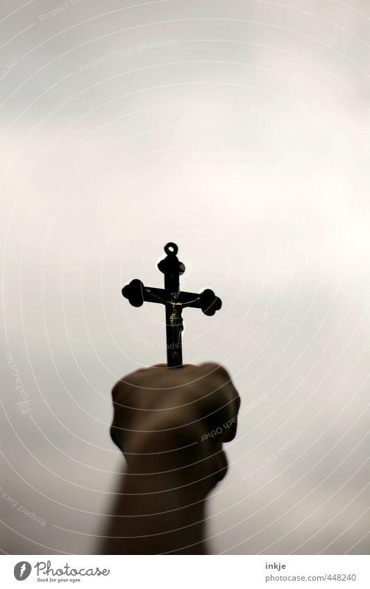 Gott hat Dich allein gelassen? / heul doch! Mensch Frau Jugendliche Mann Hand Erwachsene dunkel Leben Gefühle Religion & Glaube oben Lifestyle Hoffnung
