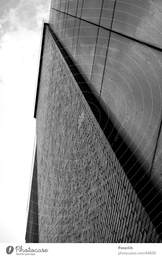 Recht senkrecht weiß schwarz Architektur glänzend Fassade modern