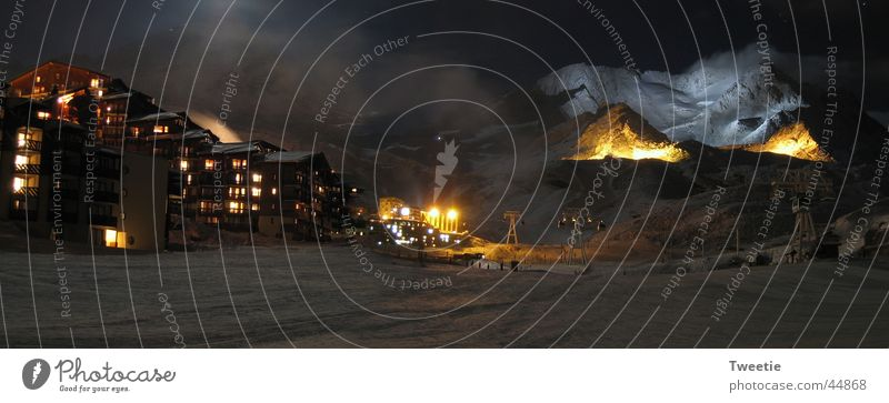 Panorama Val Thorens bei Nacht Schnee Berge u. Gebirge Eis Nebel groß Panorama (Bildformat) Skipiste