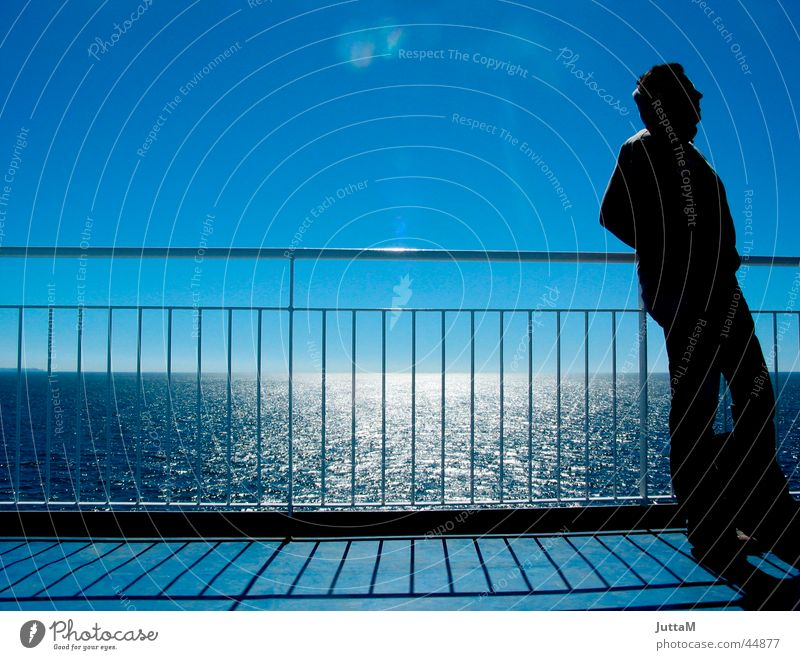 Fährenromantik Meer Licht Horizont Schifffahrt Sonne Schatten Himmel Geländer