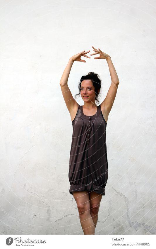 T a n z en Stil Freude schön harmonisch Erholung Meditation Freizeit & Hobby Musik Mensch feminin Junge Frau Jugendliche Erwachsene 1 18-30 Jahre Kunst Bühne
