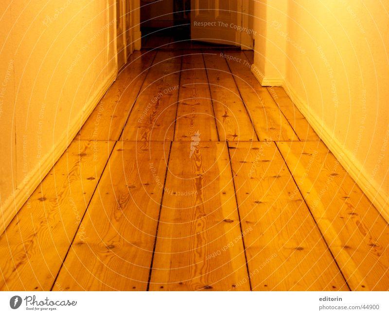 und hier der Flur Holz Licht Wohnung Häusliches Leben zur küche