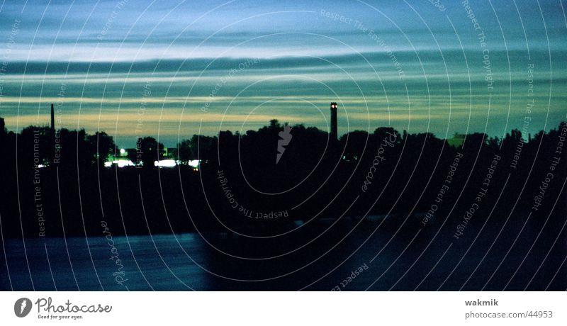 himmelblau Wasser Himmel dunkel Europa Magdeburg