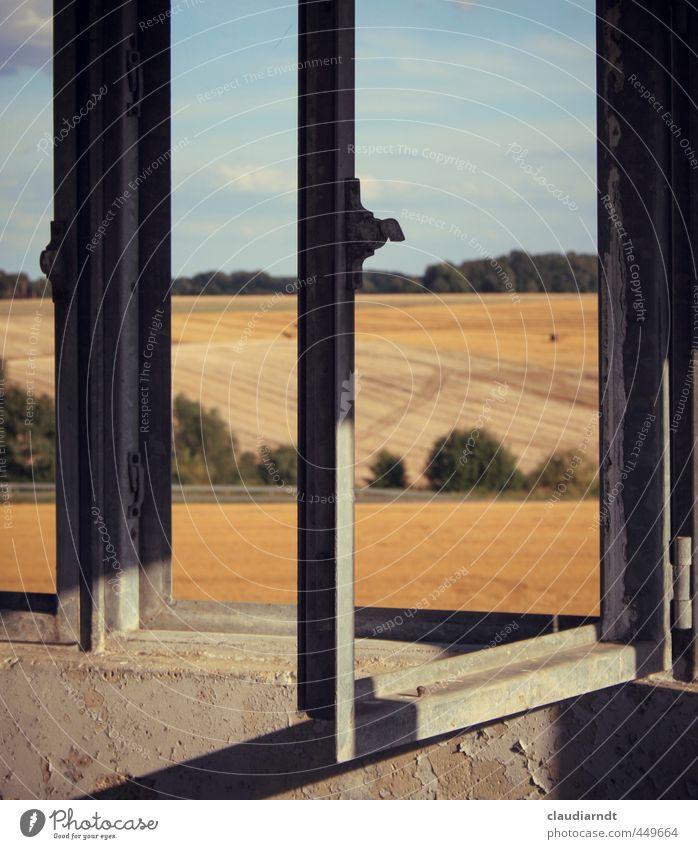 Freiheit Himmel Natur alt Sommer Landschaft Ferne Fenster Stein Metall Deutschland Feld offen Schönes Wetter kaputt Turm