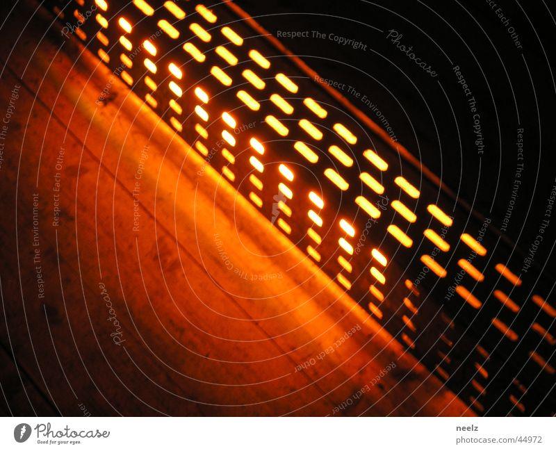 orange-light Licht Holz diagonal Nacht Lampe Bodenbelag Kunstlicht Braunschweig Industrie flossstation