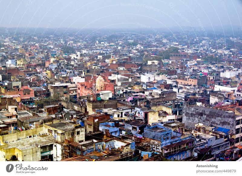DELHI - soweit das Auge reicht Himmel blau Stadt Landschaft Haus gelb Fenster Wand Reisefotografie Mauer Gebäude Stein Horizont Fassade Nebel groß