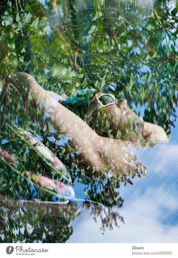 Dreamland Himmel Natur Jugendliche Sommer Baum Erholung ruhig Landschaft Wolken Junger Mann Erwachsene 18-30 Jahre Freiheit Denken träumen maskulin