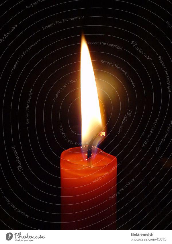 Kerze rot gelb Brand Romantik Festessen Flamme glühen Wachs Kerzendocht