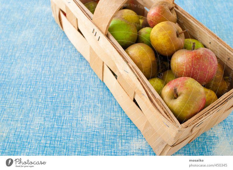 Boskop Äpfel - eigene Ernte Lebensmittel Frucht Apfel Dessert Ernährung Picknick Bioprodukte Diät Fasten Gesundheit Erntedankfest Holz Glück lecker retro saftig