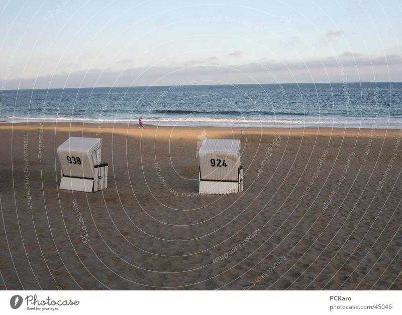 Frühstück am Meer Strand Morgen Sonnenaufgang Wolken Spaziergang Strandkorb Sylt Ferien & Urlaub & Reisen Rauschen Weitwinkel Sand Wege & Pfade Wasser