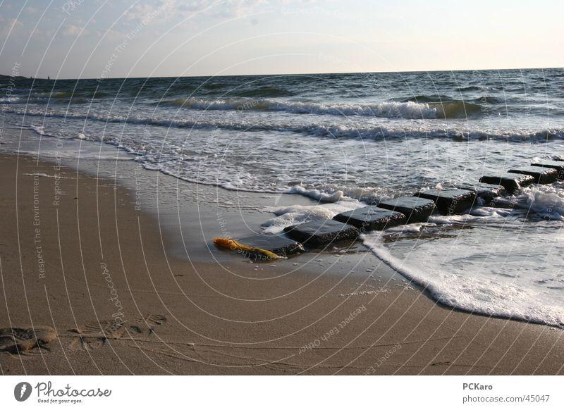 am Meer Strand Morgen Sonnenaufgang Wolken Spaziergang gelb Sylt Ferien & Urlaub & Reisen Rauschen Weitwinkel Stein blau Sand Wasser