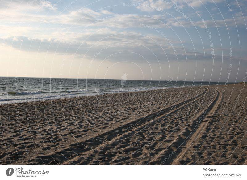 morgendlicher Strandspaziergang Wasser Meer Ferien & Urlaub & Reisen Wolken Wege & Pfade Sand Spaziergang Spuren Sylt Rauschen