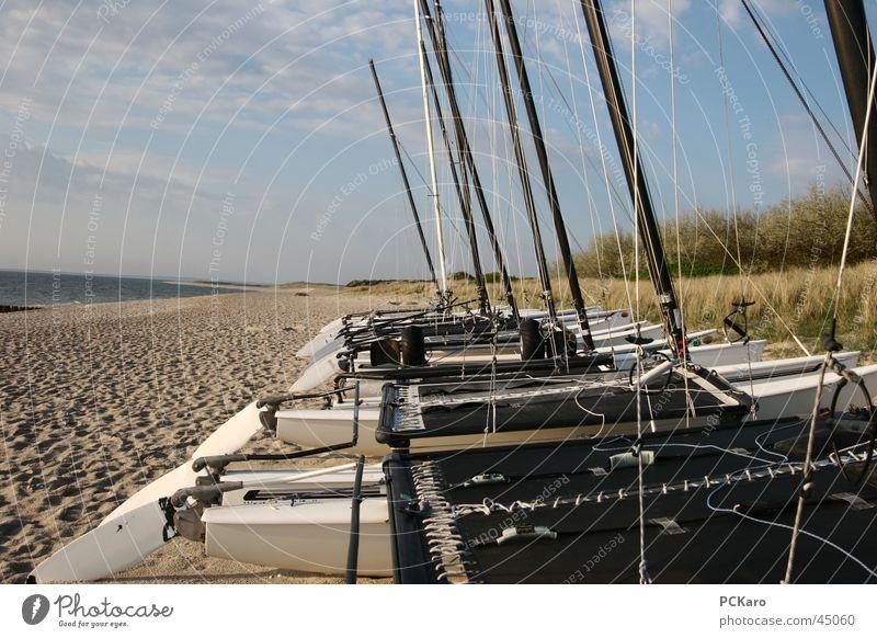 ich will segeln!!! Strand Morgen Sonnenaufgang Wolken Meer Wasserfahrzeug Segelboot Segeln Spaziergang Sylt Ferien & Urlaub & Reisen Rauschen Weitwinkel Europa