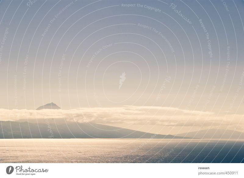 pico 2 Umwelt Natur Landschaft Hügel Felsen Berge u. Gebirge Gipfel Küste Meer Insel Ferne Pico Azoren Romantik Farbfoto Gedeckte Farben Außenaufnahme