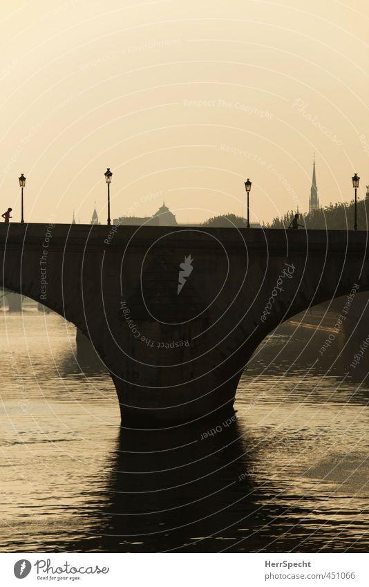 Pont Royal le matin Paris Frankreich Stadt Altstadt Brücke Sehenswürdigkeit Romantik Straßenbeleuchtung Jogger Fußgänger Seine Fluss Morgendämmerung Farbfoto