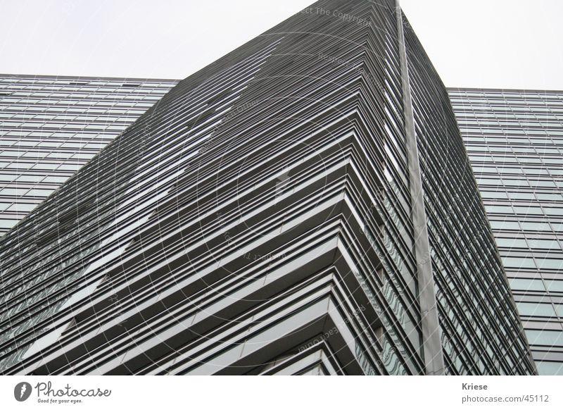 Königin Hochhaus grau minimalistisch Macht Architektur Linie einfach gigantisch