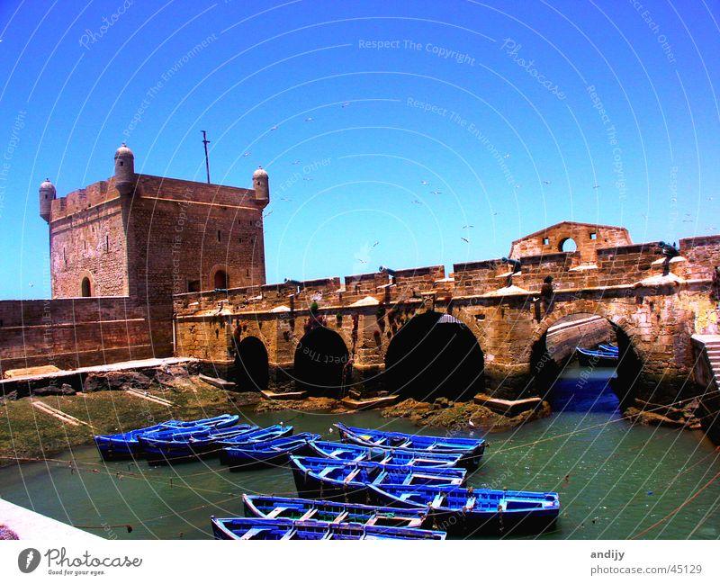 Marokkanischer Hafen Wasserfahrzeug Marokko Meer Moral Brücke Himmel Burg oder Schloss