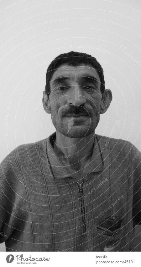 Asymmetrie ist schön! Mann Grauwert Aserbaidschan Baku Duett lustig Schwarzweißfoto