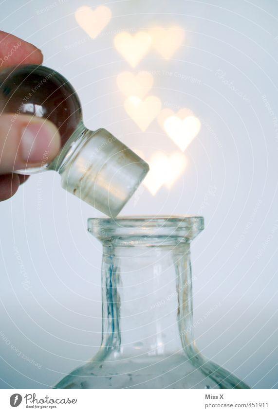 Öffnen Liebe Gefühle Glück Stimmung fliegen glänzend leuchten Herz Romantik Verliebtheit Flasche Märchen Zauberei u. Magie aufmachen Frühlingsgefühle