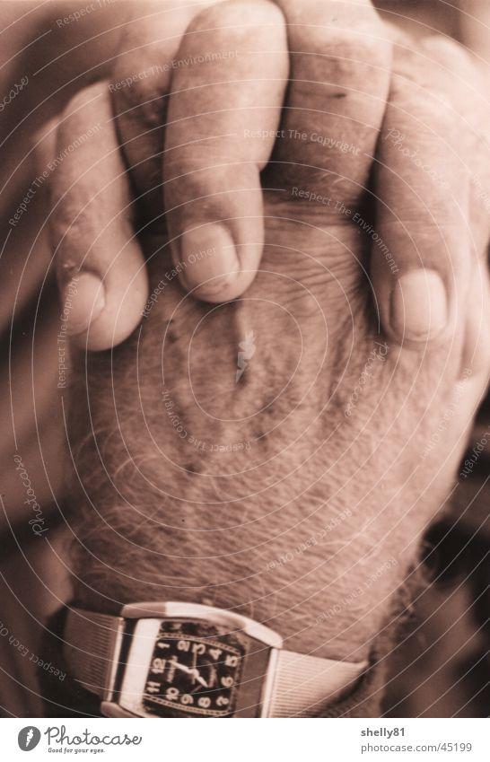 Hands Mann Hand alt Finger Uhr Falte