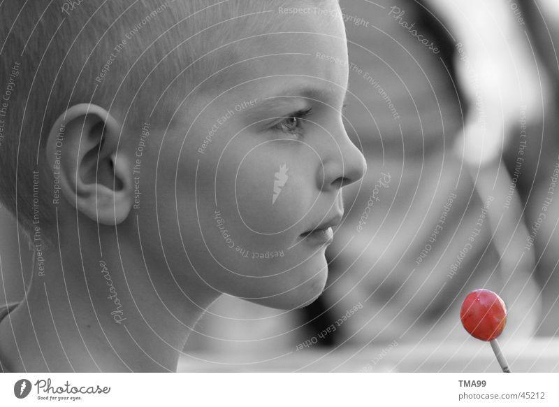Rot Kind rot schwarz Publikum verträumt Lollipop