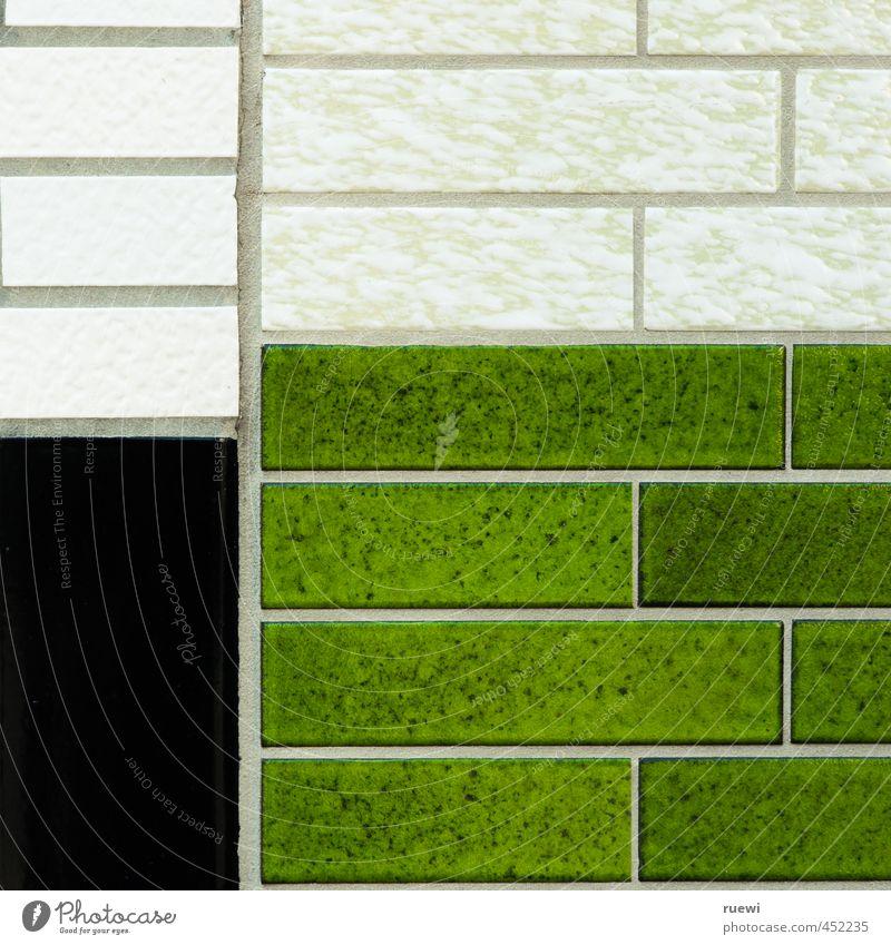 Tetris Handwerker Fliesenleger Baustelle Kunst Architektur Stadt Haus Einfamilienhaus Bauwerk Mauer Wand Fassade Stein bauen Häusliches Leben ästhetisch eckig