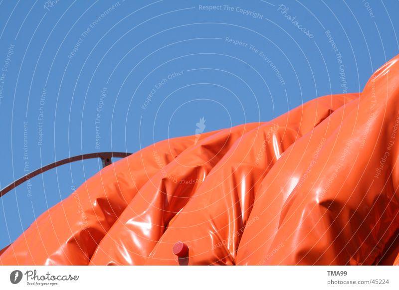 Himmel mit orange blau Umwelt Dinge Erdöl Schlauch Blauer Himmel Brandschutz Feuerwehr