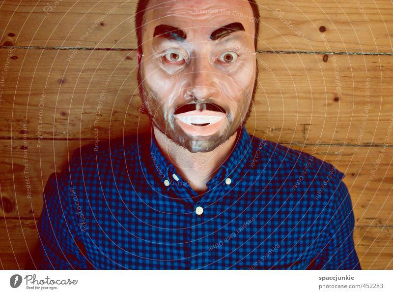 Plastik Mensch maskulin Junger Mann Jugendliche Erwachsene 1 30-45 Jahre beobachten liegen außergewöhnlich bedrohlich gruselig trashig verrückt blau braun gelb