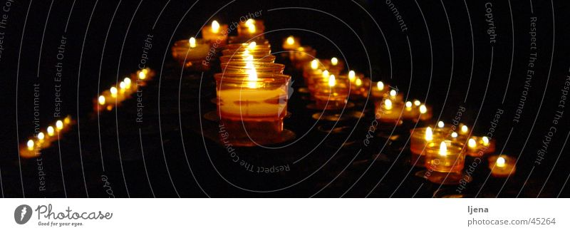 kerzenschein dunkel Denken Religion & Glaube Trauer Kerze gruselig Kerzenschein Katholizismus Gefühle Fototechnik