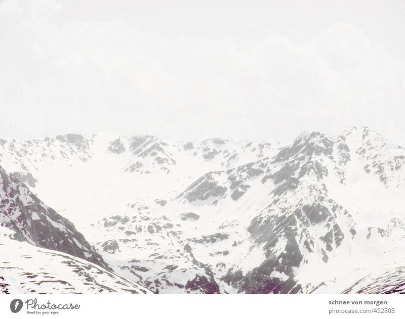 weiß eis berg Himmel Landschaft Ferne Berge u. Gebirge kalt Schnee grau Stein Horizont Schneefall Nebel Luft Eis Wind Perspektive