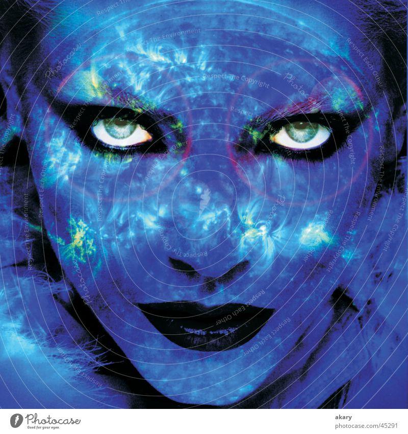blue mind Frau Porträt Licht Space Auge blau