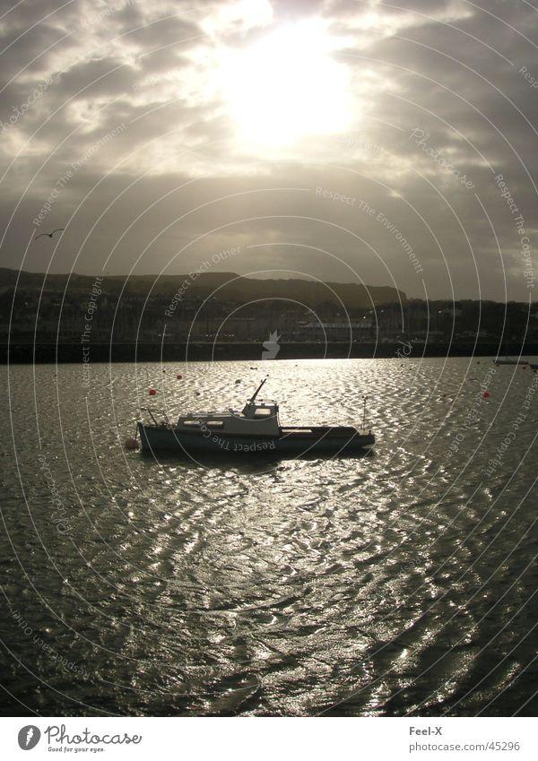 Boot Wasser Sonne Wasserfahrzeug Küste