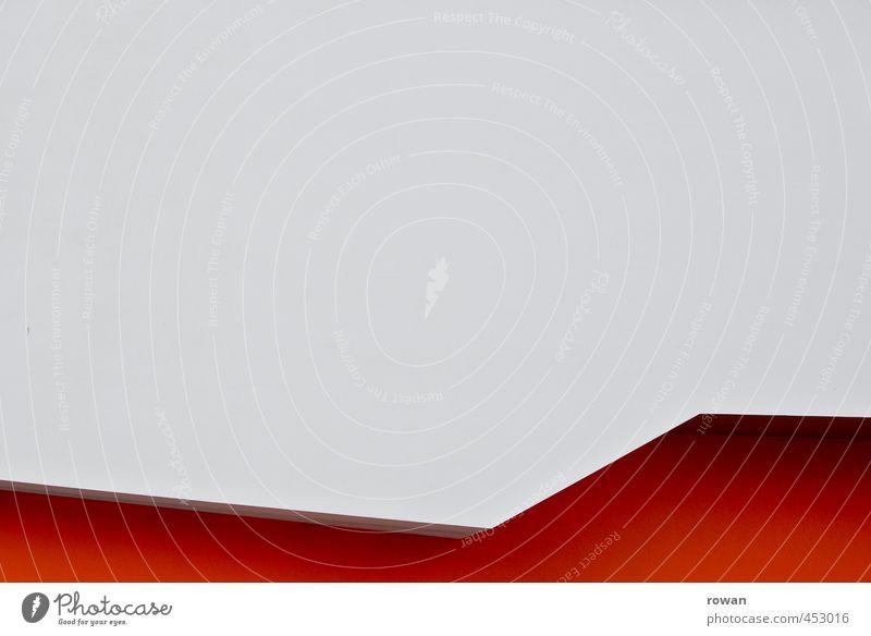Ungeradlinigkeit Bauwerk Gebäude Architektur Mauer Wand Fassade ästhetisch außergewöhnlich modern rot Ecke Linie Neigung weiß Dynamik Vordergrund Schatten