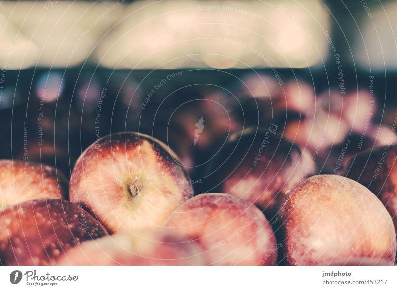 An Apple a Day keeps the Doctor away Lebensmittel Frucht Apfel Ernährung Bioprodukte Diät Gesundheit Gesunde Ernährung Sommer Umwelt Pflanze Schönes Wetter Duft