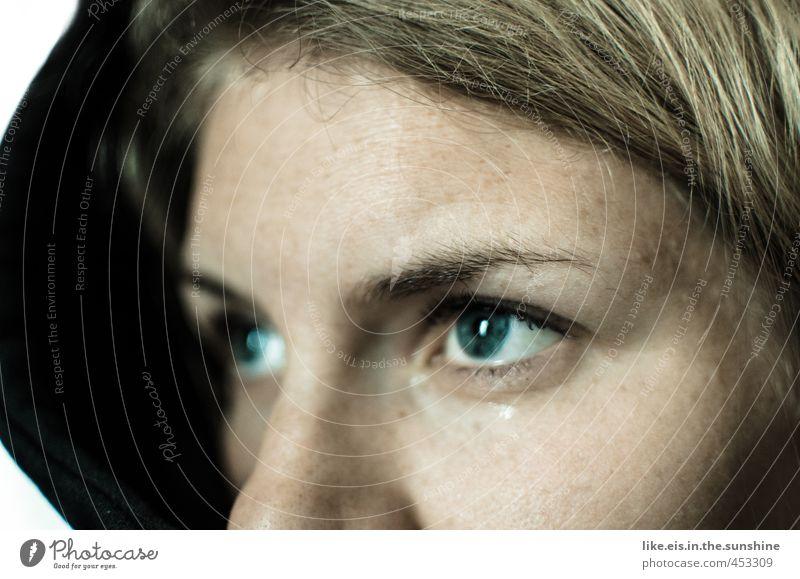 Zukunftsangst?! feminin Junge Frau Jugendliche Kopf Haare & Frisuren Gesicht Auge Nase 18-30 Jahre Erwachsene blond Gefühle Traurigkeit Sorge Trauer Heimweh