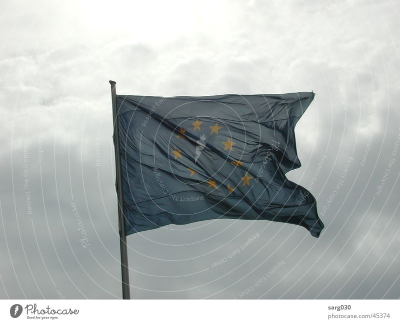 Europaflagge Himmel blau Wolken Europa Stern (Symbol) Fahne Freizeit & Hobby