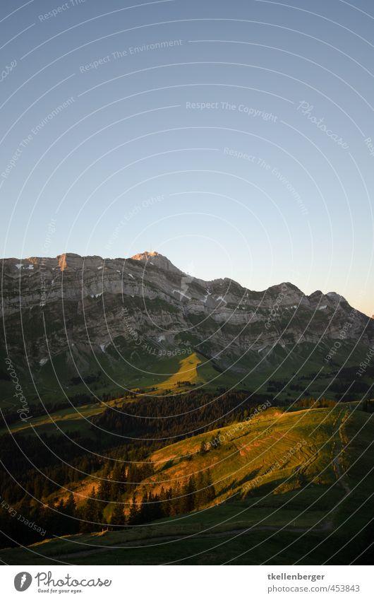 Säntis wandern Fußweg Wege & Pfade Bergsteigen Bergstation Klettern Himmel Wolkenloser Himmel Alpen Berge u. Gebirge Voralpen Alpstein Ostschweiz Schweiz Gipfel