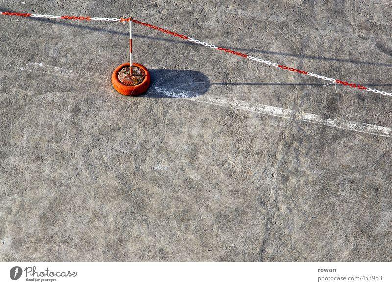 abgrenzen Verkehr Güterverkehr & Logistik Straßenverkehr Autofahren Verkehrszeichen Verkehrsschild rot Schilder & Markierungen Markierungslinie Grenze Linie