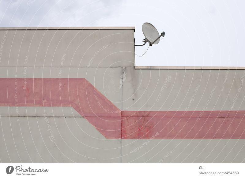 empfang Wirtschaft Industrie Technik & Technologie Fortschritt Zukunft Himmel Wolken Menschenleer Haus Industrieanlage Gebäude Architektur Mauer Wand Fassade